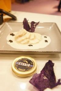 Volaille fermière basse température et sauce émulsionnée au caviar